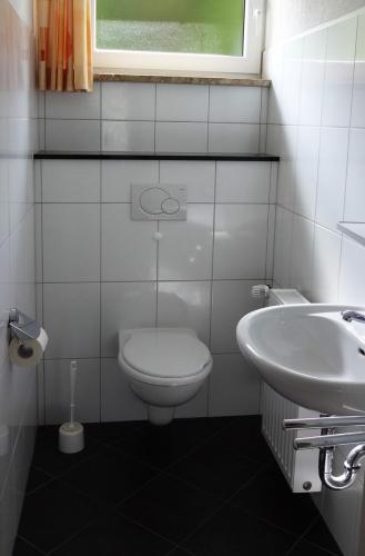 FeWo III - Gäste-WC